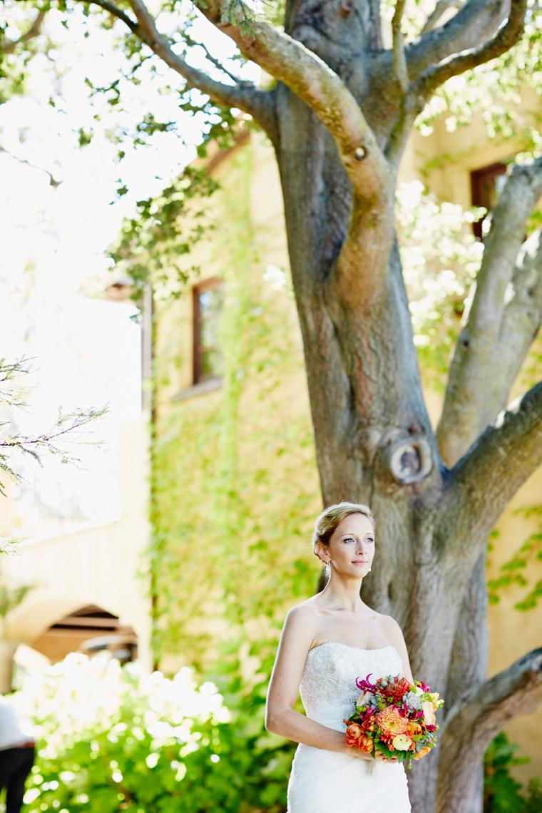 Bride poses at private estate in Palo Alto, California